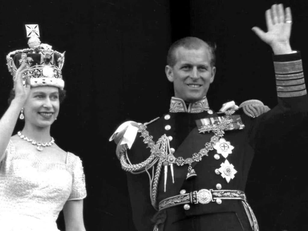 캐나다의 군주 남편, 에든버러공 별세에 당국 조의 표시 ed 210409 2